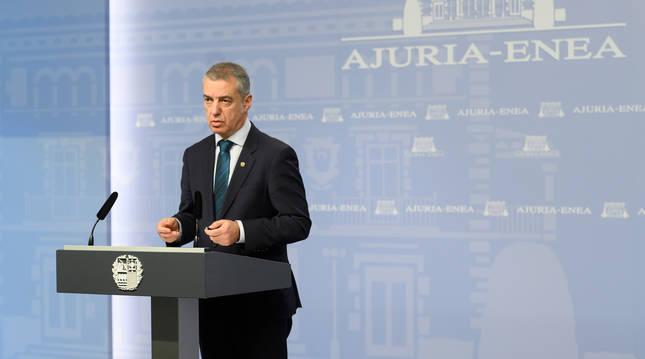 Foto del Lehendakari, Iñigo Urkullu, en una comparecencia ante los medios de comunicación. .