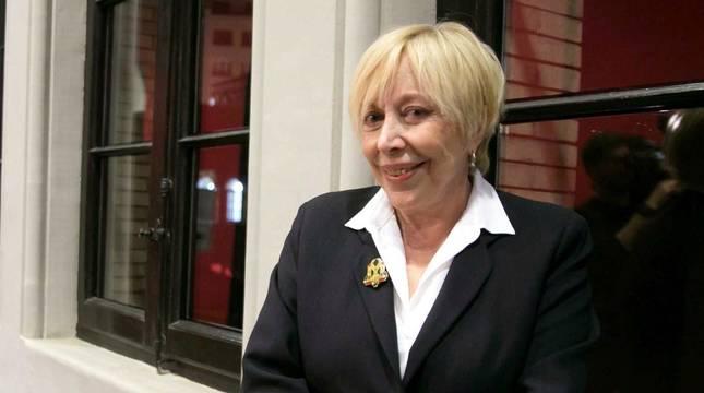 Ganadora de dos goyas como mejor actriz de reparto, recibió en 2010 la Medalla de Oro de la Academia