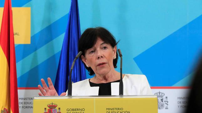 Rueda de prensa de la ministra de Educación Isabel Celaa tras participar en la Conferencia Sectorial con las autonomías.