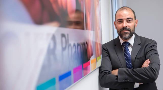 FOTO DE Carlos González Ojer, fundador y director general de Ojer Pharma, en las oficinas de la empresa en Pamplona, en una imagen de archivo.