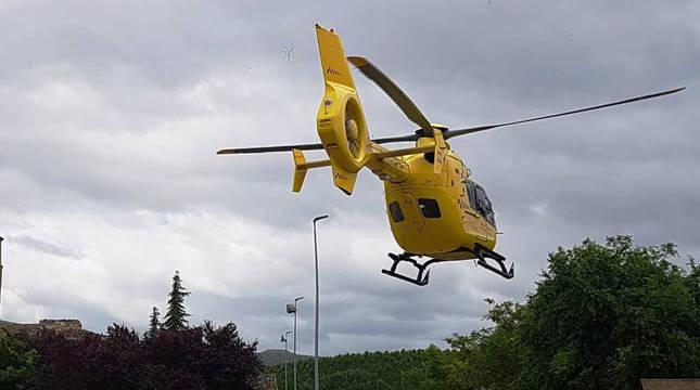 Helicóptero médico del Gobierno de Navarra, en una imagen de archivo.