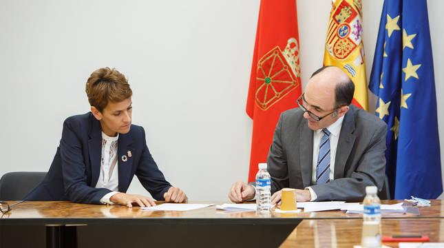La Presidenta, María Chivite, y el consejero de de Desarrollo Económico y Empresarial, Manu Ayerdi.