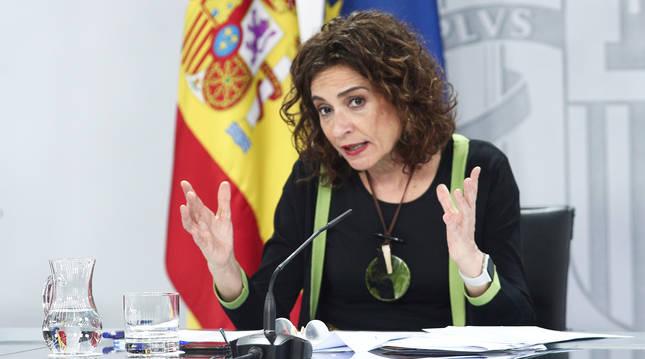 La ministra de Hacienda y portavoz del Gobierno, María Jesús Montero, durante su comparecencia este martes 16 de junio.