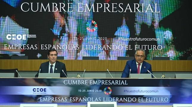 Antonio Garamendi, presidente de la CEOE, y Juan Miguel Sucunza, presidente de la CEN.