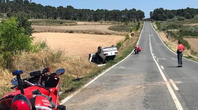 foto de Estado en el que quedó el coche accidentado en Peralta