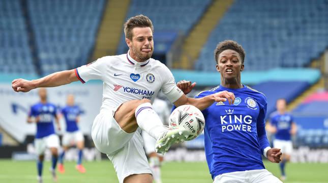 César Azpilicueta, el domingo durante el partido ante el Leicester correspondiente a la FA CUP, que clasificó para las semifinales a su equipo, el Chelsea.