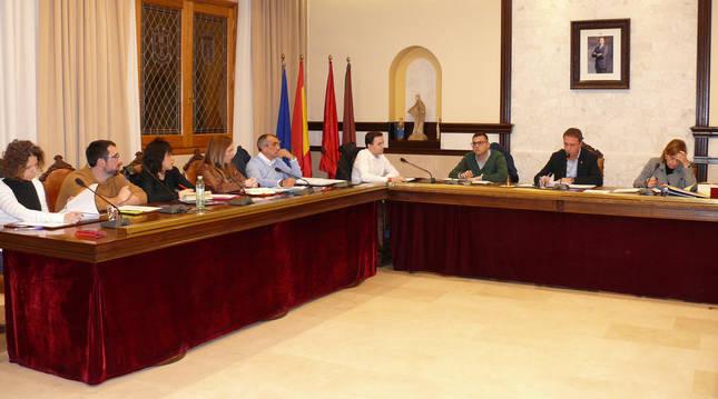 Imagen de un pleno anterior en el Ayuntamiento de Cintruénigo.