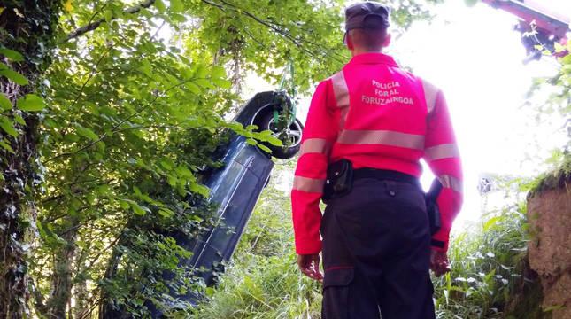 Un vecino de Santesteban fallece atropellado cuando ayudaba a un vehículo averiado en Zubieta