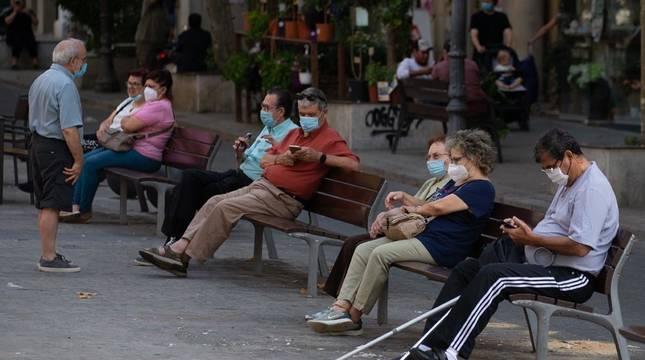 Navarra obligará a usar siempre la mascarilla para atajar los brotes y prevenir los contagios