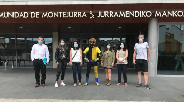 Promotores de la actividad durante su presentación en la sede de Mancomunidad en Estella.