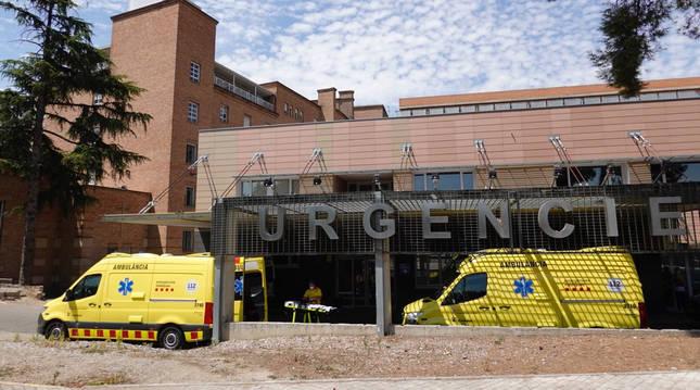 Foto de la entrada de urgencias del hospital Arnau de Vilanova de Lleida,