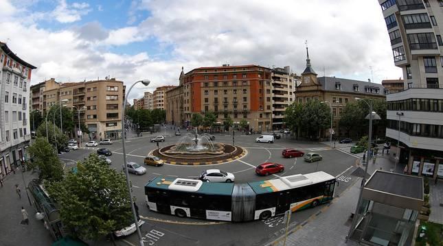 Foto de la plaza de Merindades que se considera en el estudio como el epicentro del Segundo Ensanche.