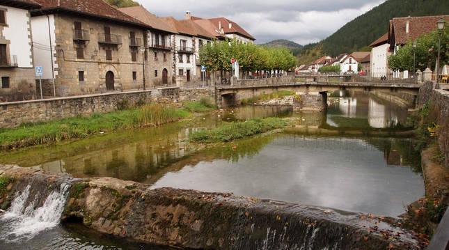 El río Anduña, a su paso por Ochagavía.
