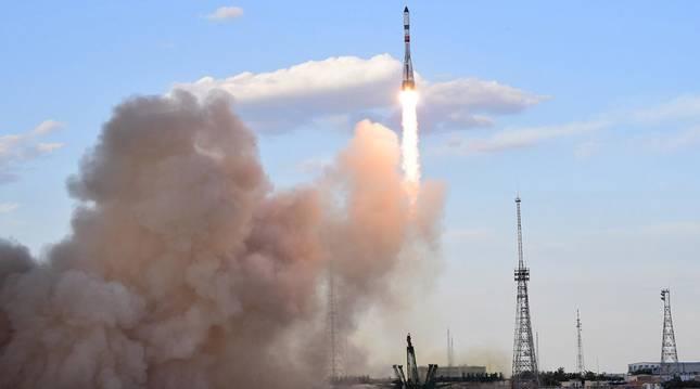 foto de Baikonur es el complejo de lanzamientos en la estepa kazaja del programa espacial ruso