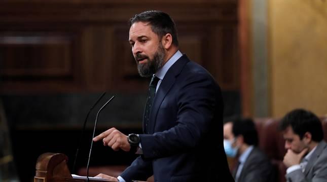 El líder de Vox, Santiago Abascal, durante su intervención en el pleno del Congreso de este miércoles ante el que comparece el presidente del Gobierno, Pedro Sánchez.