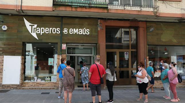 El nuevo local de Traperos de Emaús localizado en la calle Merindad de Sangüesa de Burlada