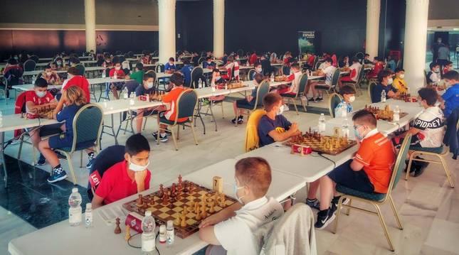 Foto de la disputa del Campeonato de España de Ajedrez sub'12 en Salobreña (Granada).