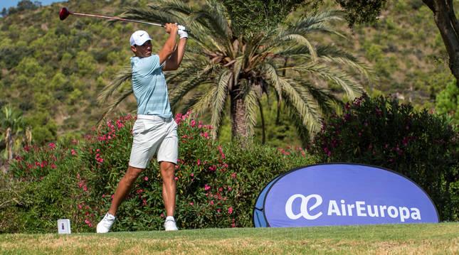 Foto de Rafa Nadal, en la disputa del Campeonato Absoluto de Golf de Baleares.
