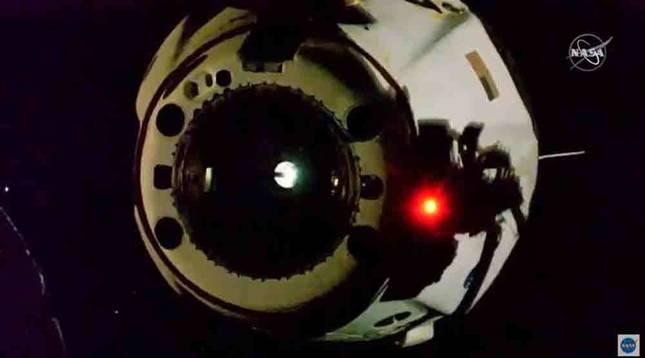 La tripulación de la SpaceX vuelve a la Tierra tras terminar una misión histórica