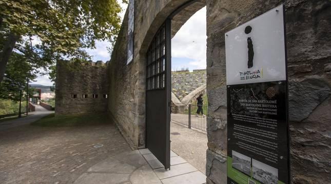 Foto de la entrada al Centro de Interpretación de las Fortificaciones de Pamplona.