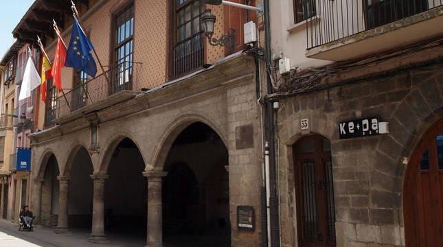 Exterior del Ayuntamiento de Sangüesa.
