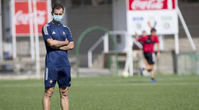 Foto de Santi Castillejo en el primer entrenamiento de pretemporada de Osasuna Promesas.