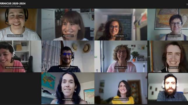 Foto de una reunión virtual de parte del equipo de Tracasa que trabaja en el proyecto de validación del Servicio de Gestión de Emergencias de Copernicus.
