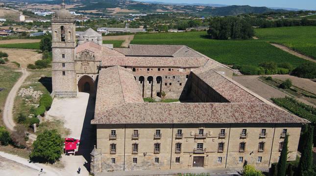 Vista aérea desde el dron del Monasterio de Santa María de Irache.