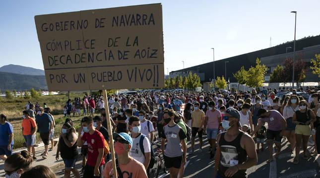 La plantilla criticó duramente al Gobierno de Navarra por no impedir el cierre de la planta de palas.