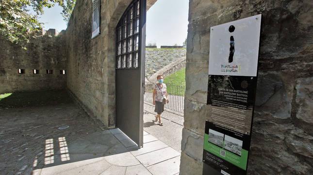Imagen de la entrada al Fortín de San Bartolomé, donde se encuentra el Centro de Interpretación de las Fortificaciones de Pamplona.