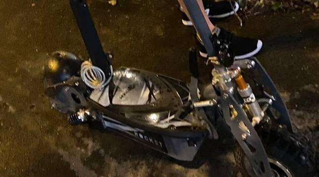 Conduce sin carné un ciclomotor por un carril bici y acaba imputada tras ser localizada por segunda vez
