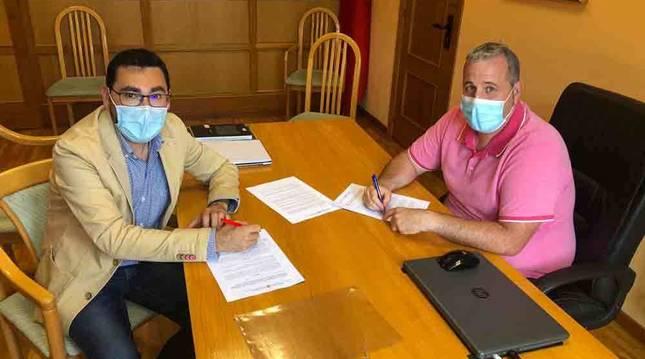 El Gobierno aporta 30.000 euros para el sistema de tornos de las piscinas municipales de Larraga