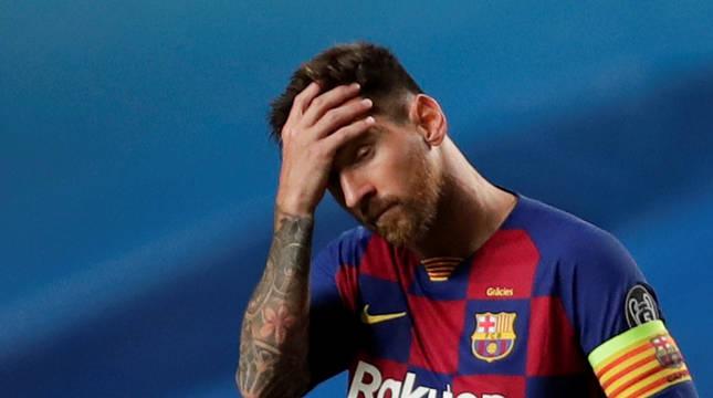 Leo Messi se lamenta durante el partido contra el Bayern.