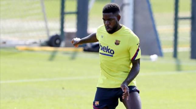 Umtiti en un entrenamiento con el Barcelona.