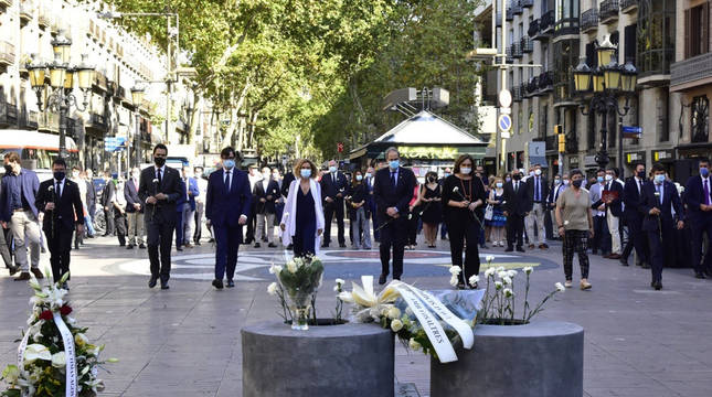 Barcelona recuerda en silencio el 17A, con las víctimas como protagonistas