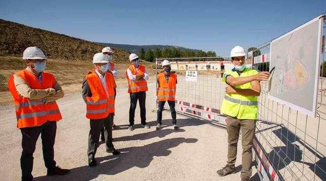 Foto de la presentación de las obras dela nueva planta en Arbizu.