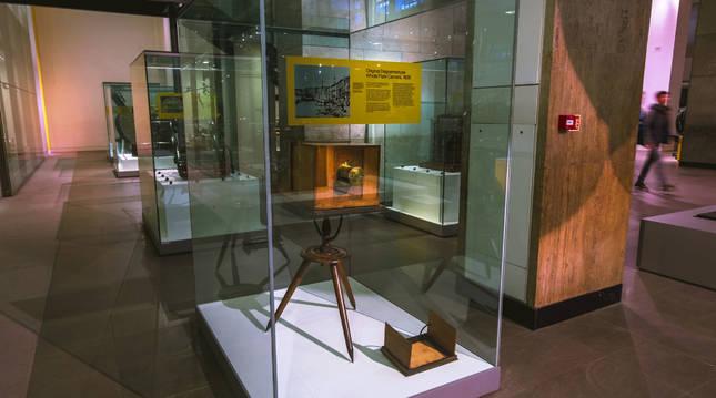 Daguerrotipo original, antepasado de la cámara fotográfica, expuesto en el Museo