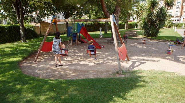Parque donde se va a crear una nueva zona infantil de juegos.