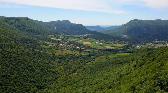 foto de El Balcón de Pilatos, mirador en el borde sur del Parque Natural de Urbasa-Andía.