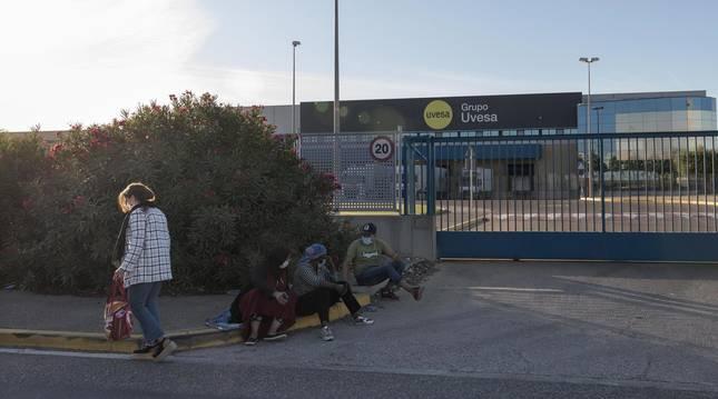 foto de Entrada a la planta procesadora de UVESA en Tudela.