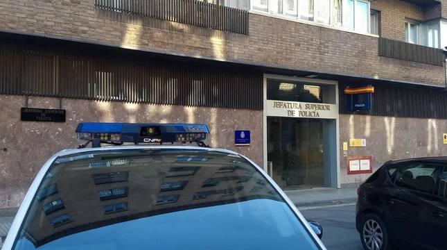 Imagen de la comisaría de Policía Nacional en Pamplona.