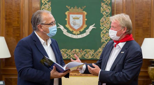 Maya recibe al teniente de alcalde de Lippstadt, cercana a Paderborn