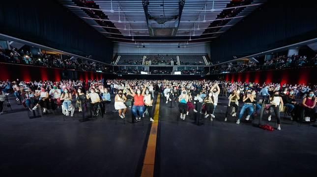 Lola Índigo devuelve la música al Navarra Arena