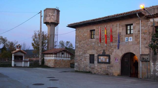 Ayuntamiento de Lizoain.