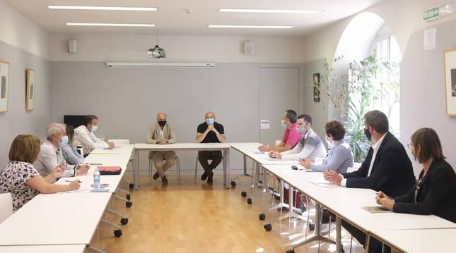 Foto de la primera reunión de la Comisión de trabajo de Coordinación COVID-19.