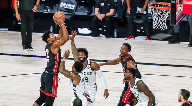 Heat pasa seis años después a las finales Conferencia Este y Lakers toma ventaja en el Oeste