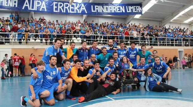 Foto de Erreka, campeón de Segunda Nacional y de Copa.