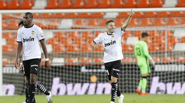 Foto de Manu Vallejo celebra el 3-2 ante el Levante.