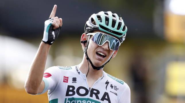 Lennard Kamna gana esta etapa del Tour de Francia.