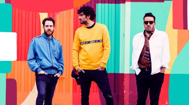El trío Colectivo Panamera presenta en Pamplona su gira 'Quiero mucho más'.